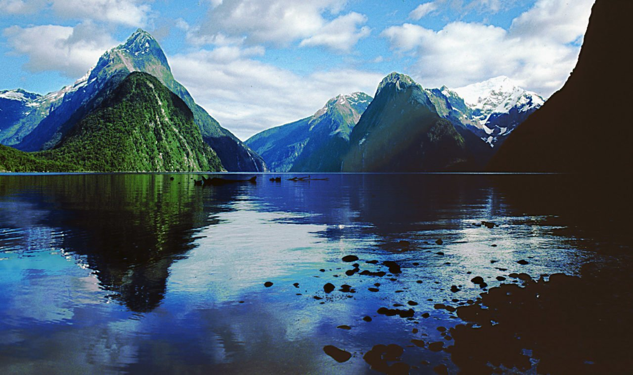 22 things to do in new zealand - milford sound